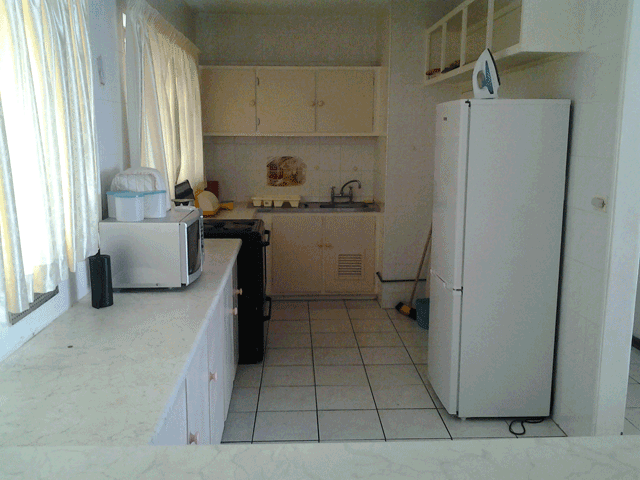 stella-maris-164-accommodation-in-amanzimtoti-kitchen